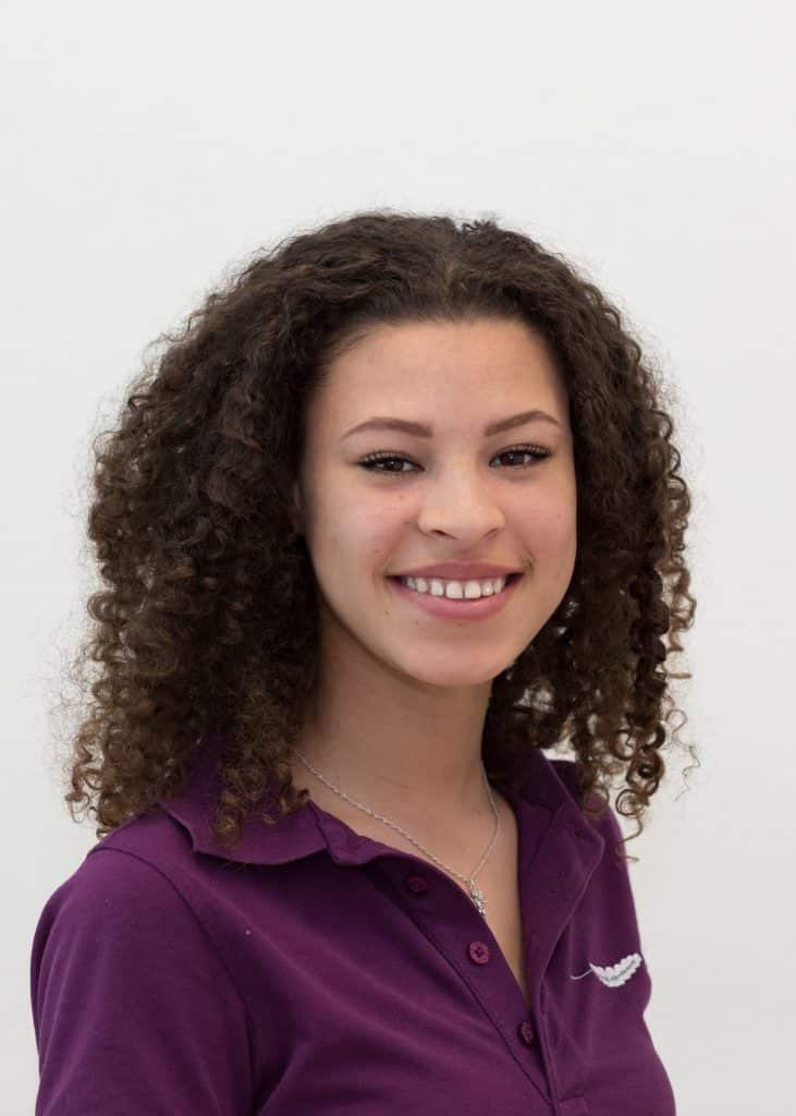 Behandlungsmitarbeiterin Cheyenne Knoecklein