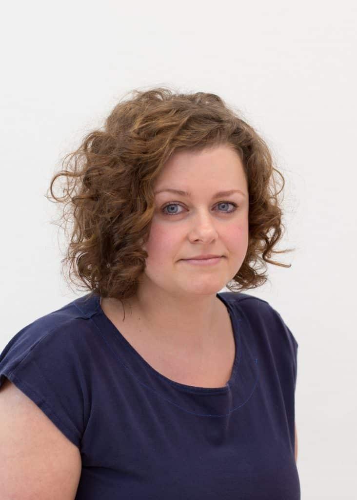 Labormitarbeiterin Jasmin Lattich